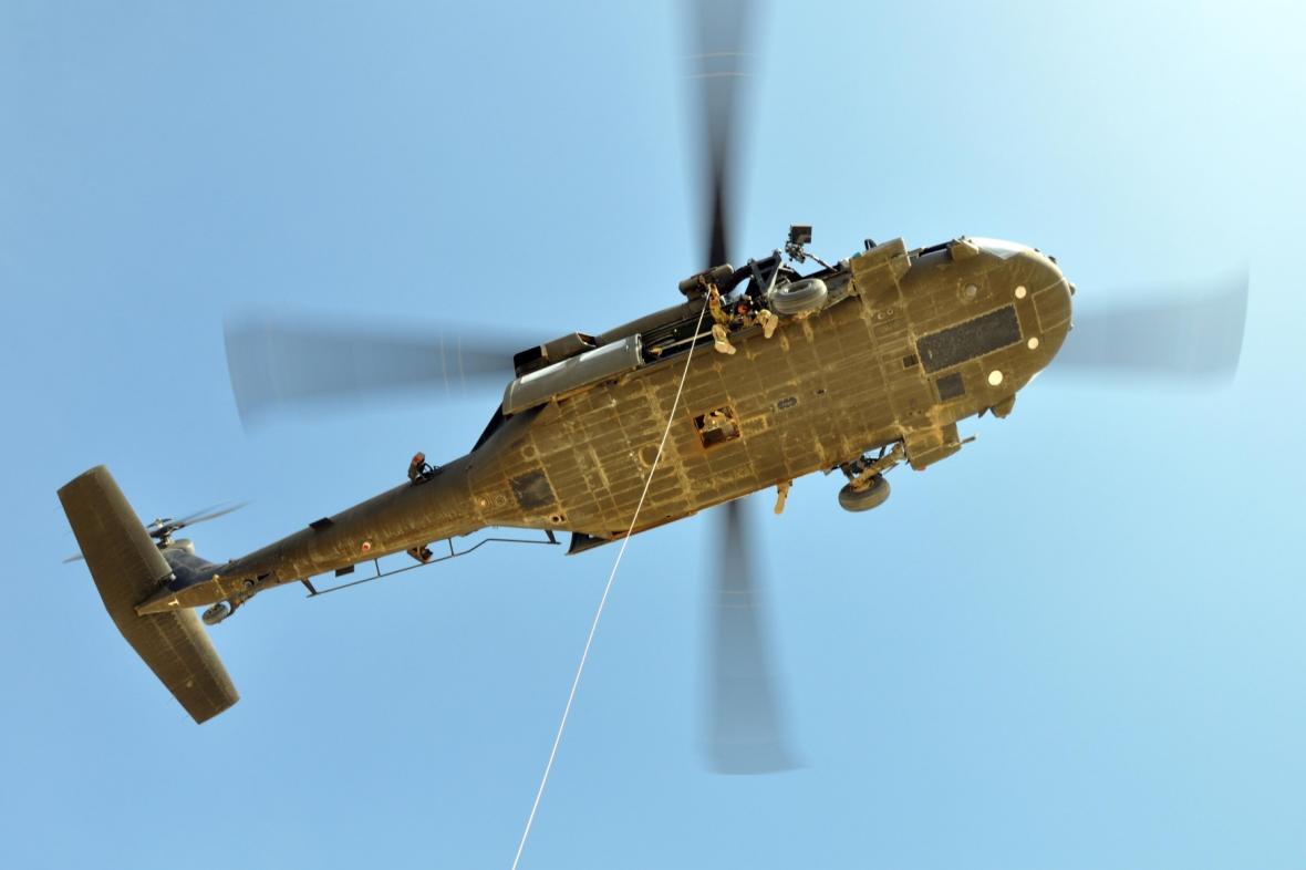 Vrtulník UH-60 Black Hawk