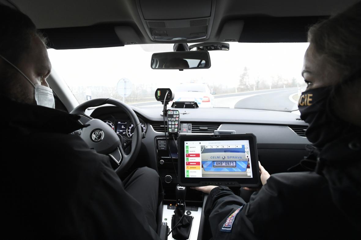 Policejní systém na kontrolu elektronických dálničních známek