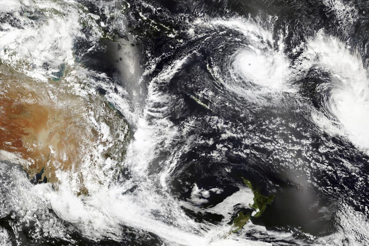 Cyklon Yasa nad Fidži