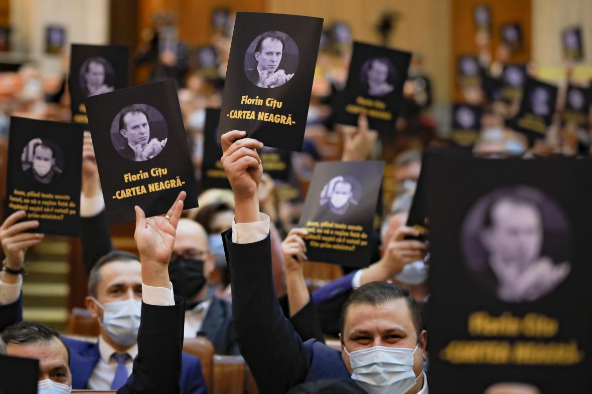 Rumunský parlament odhlasoval novou vládu