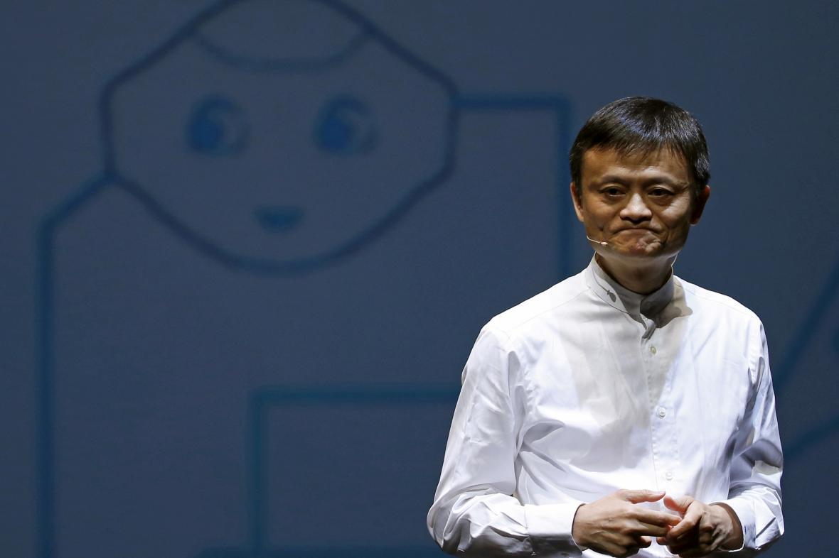 Jack Ma na konferenci v Čibě roku 2015