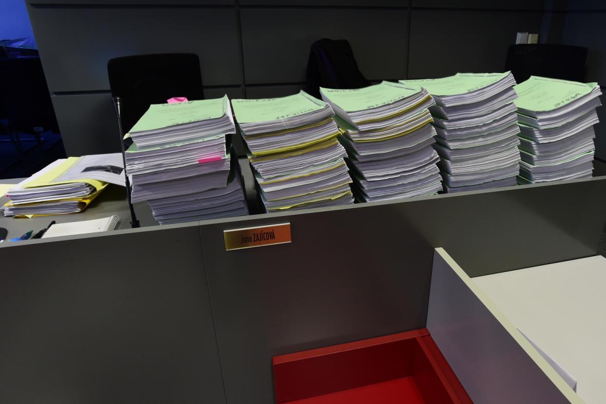 Soudní spisy v kauze Vidkun