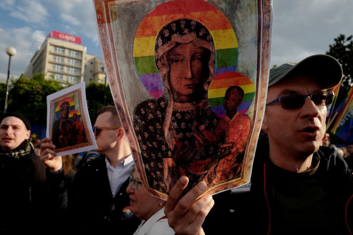 Na podporu aktivistek se konaly protesty