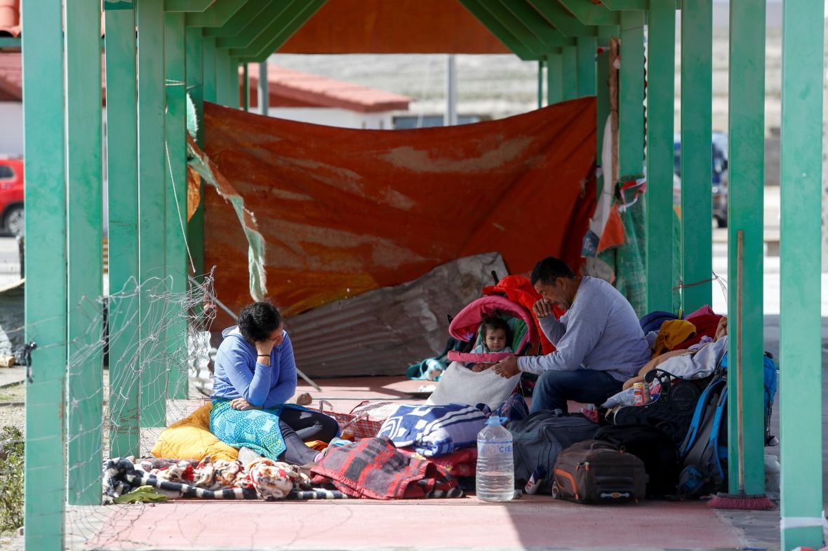 Uprchlí Venezuelané za hranicemi s Bolívií