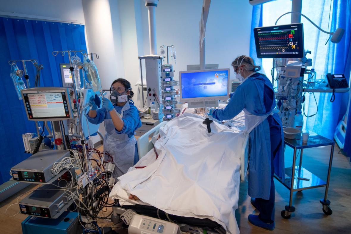Pacient s covidem, ilustrační foto