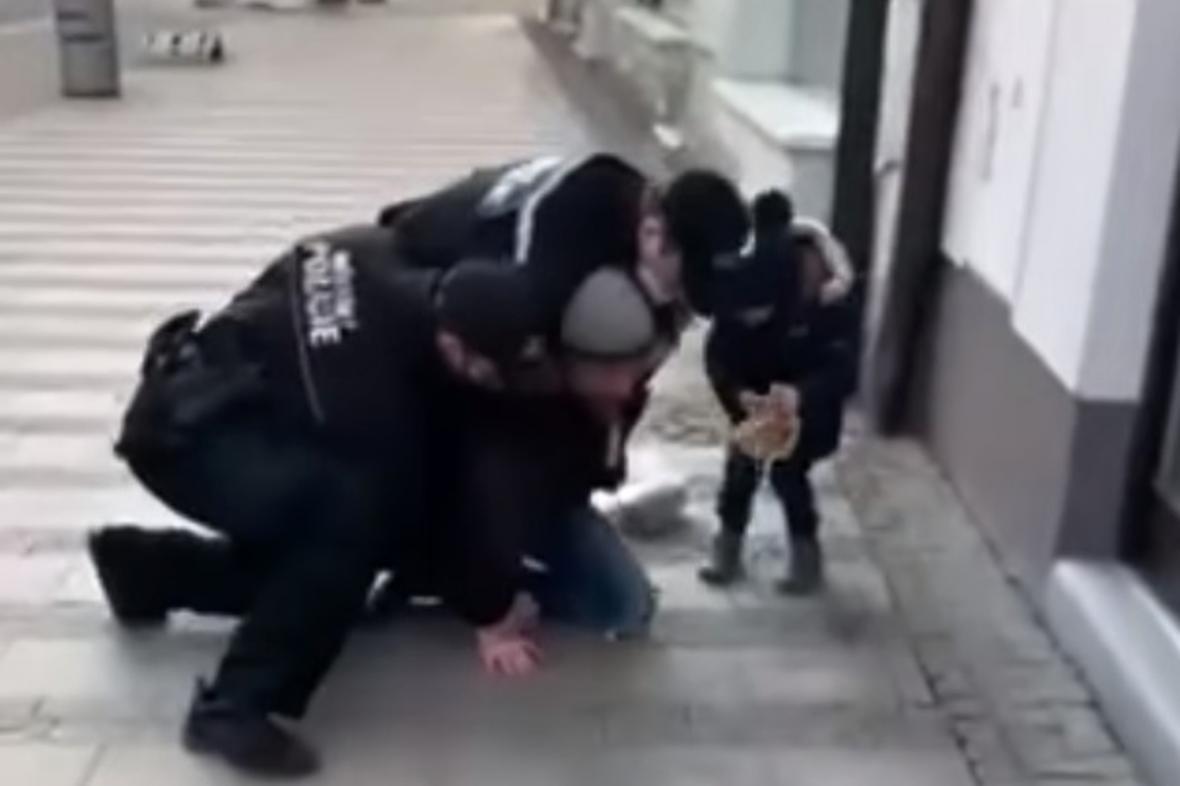 Zásah strážníků v Uherském Hradišti