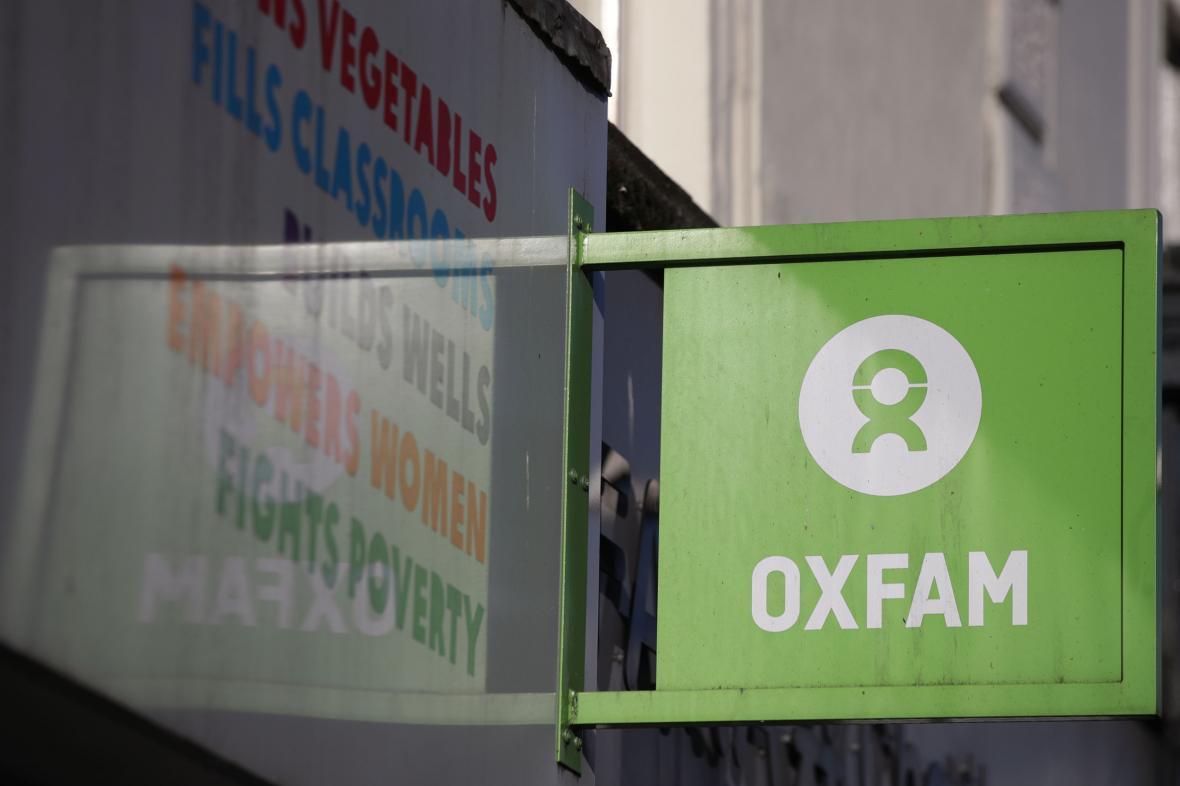 Obchod organizace Oxfam v Londýně