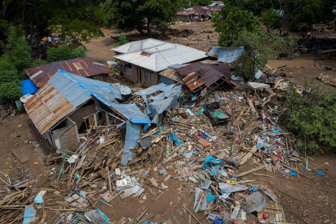 Následky cyklonu Seroja na výchpdě Indonésie