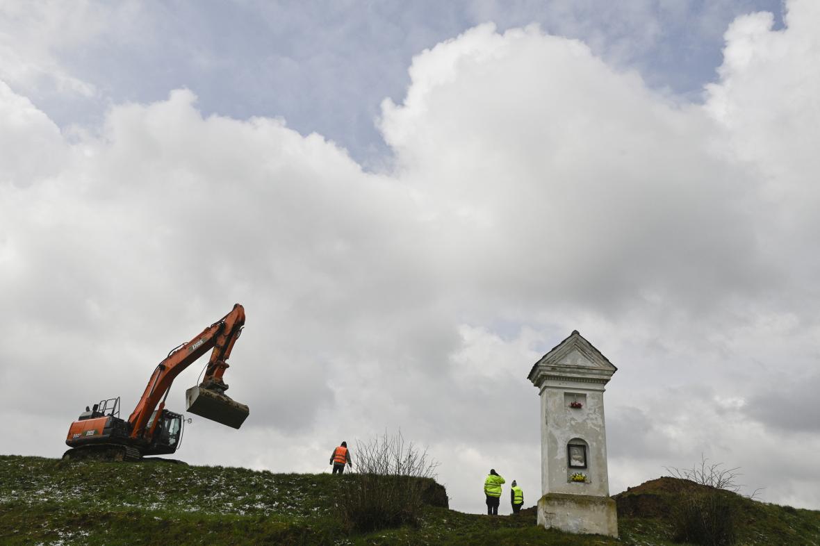 Začátek výstavby obchvatu Olbramovice