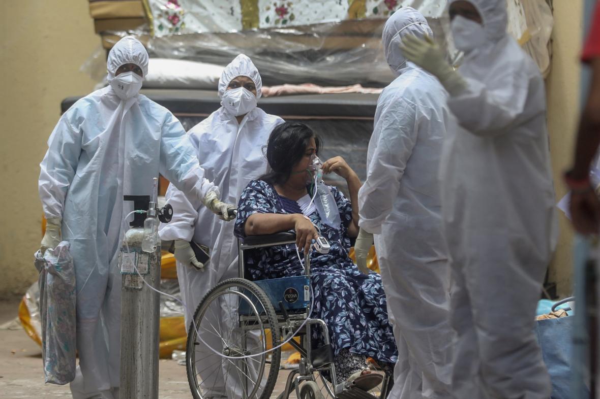 Pacientka s covidem v Bombaji