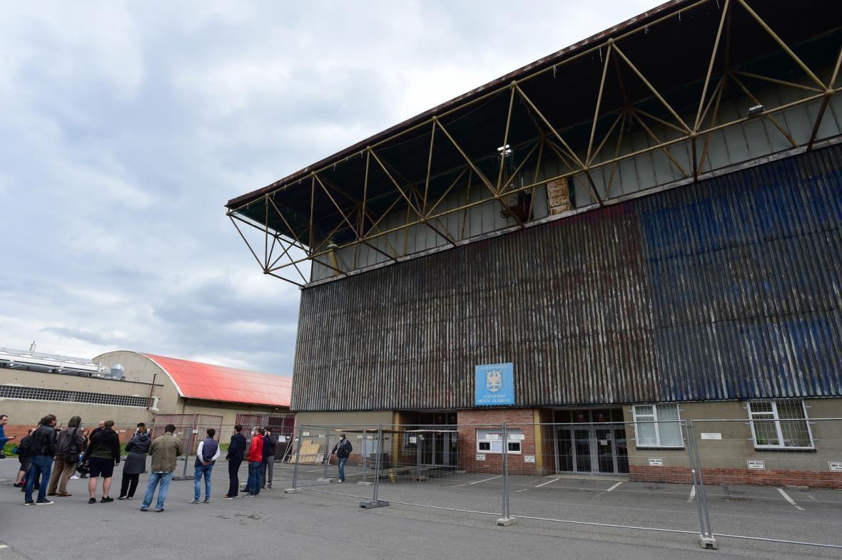 Oprava střechy olomouckého stadionu zabere tři měsíce