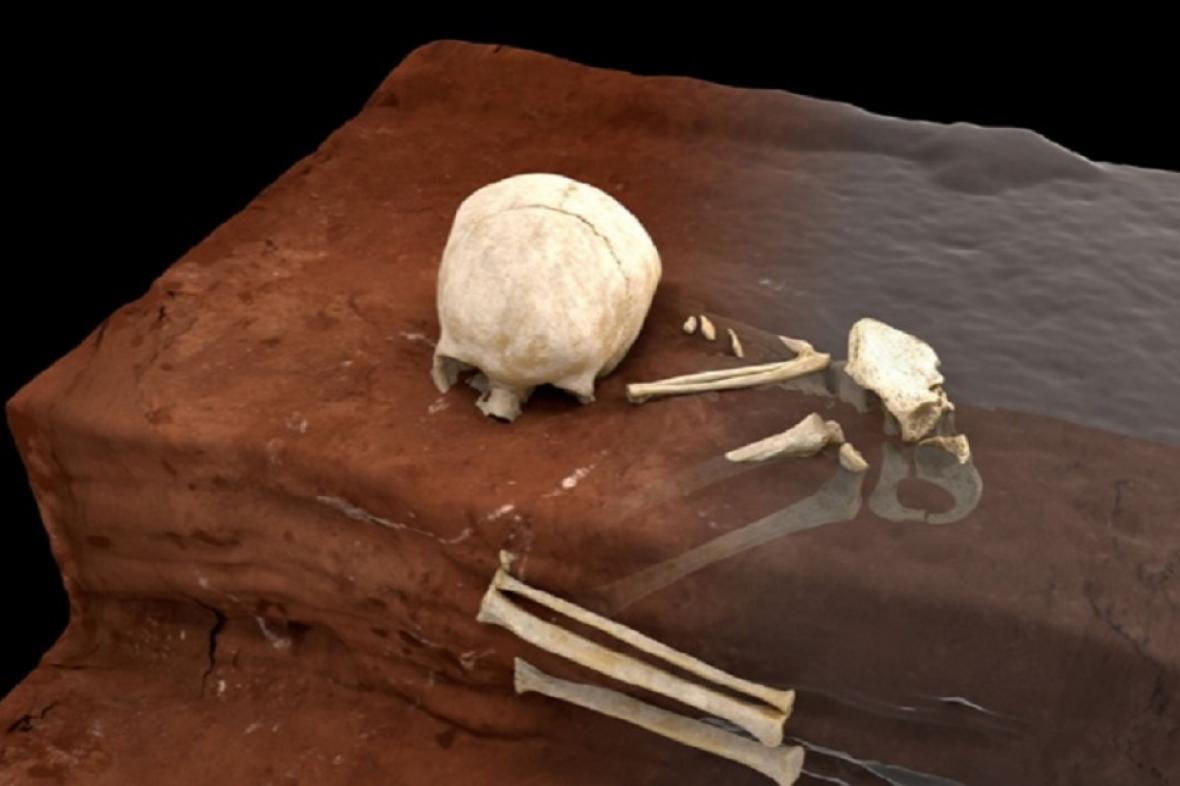 Pozůstatky z hrobu dítěte starého 78 tisíc let