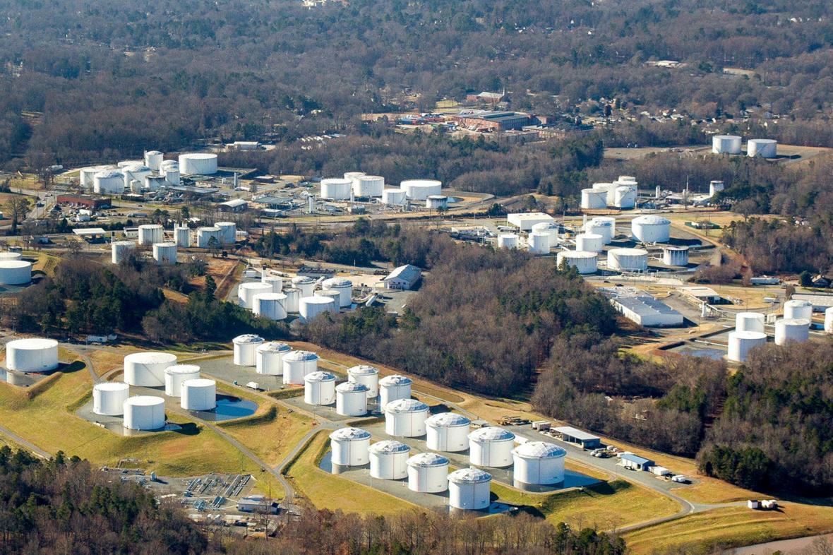 Úložiště pohonných látek firmy Colonial Pipeline