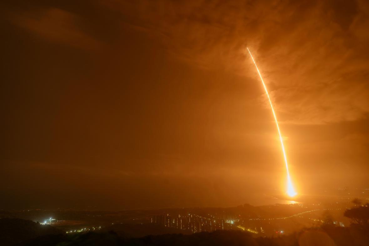 Start rakety Dlouhý pochod-7 Y3 v Číně