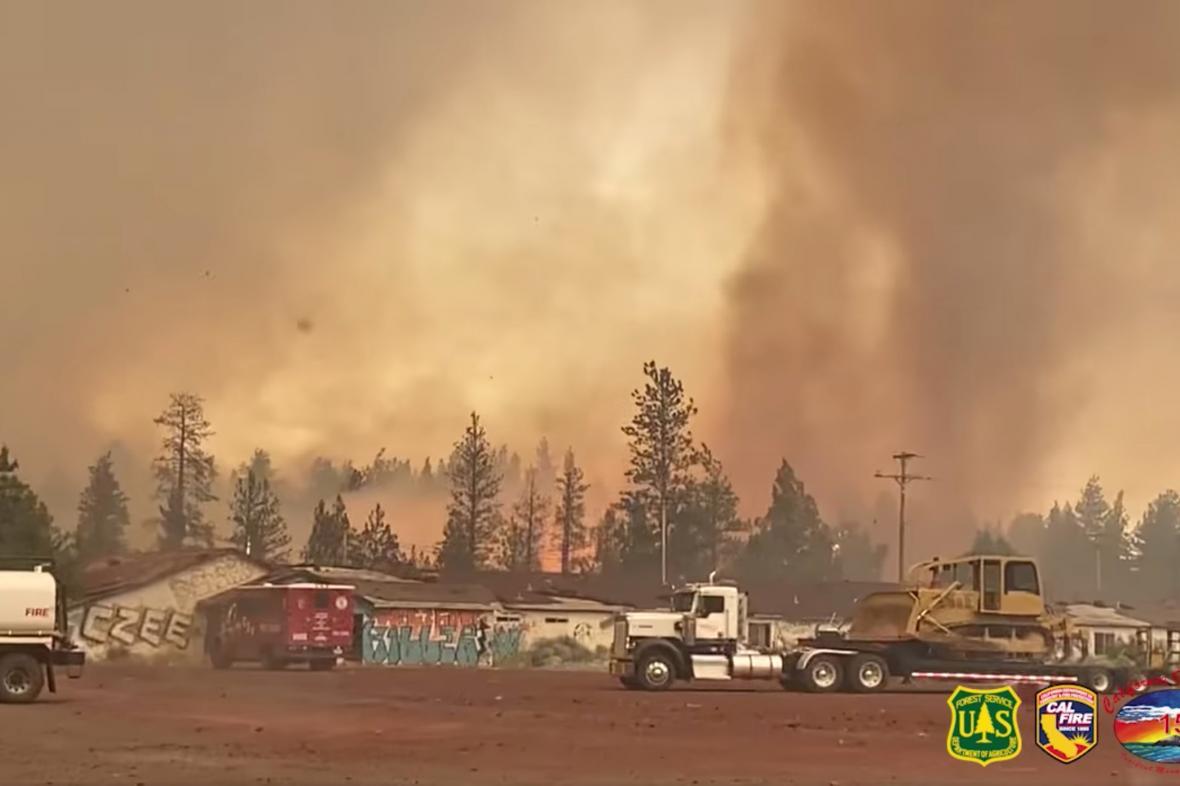 Ohnivé tornádo v Kalifornii