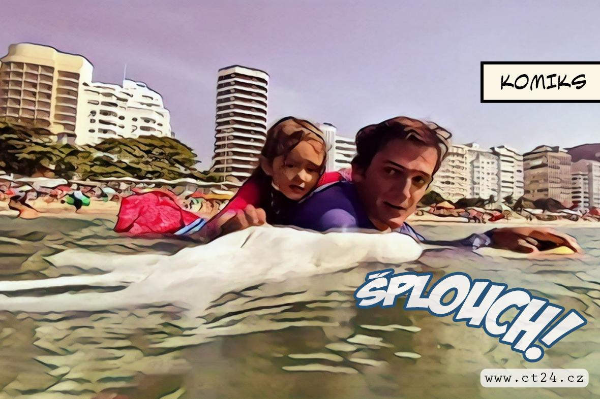 Čtyřletá dívka pomáhá s čištěním laguny