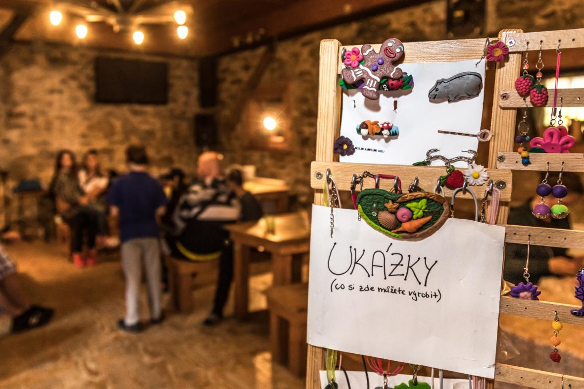 Výtvarný workshop v Andělském kempu