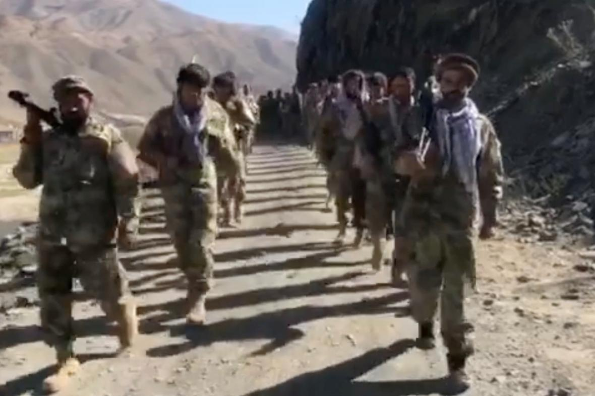 Bojovníci Fronty národního odporu v údolí Pandžšír