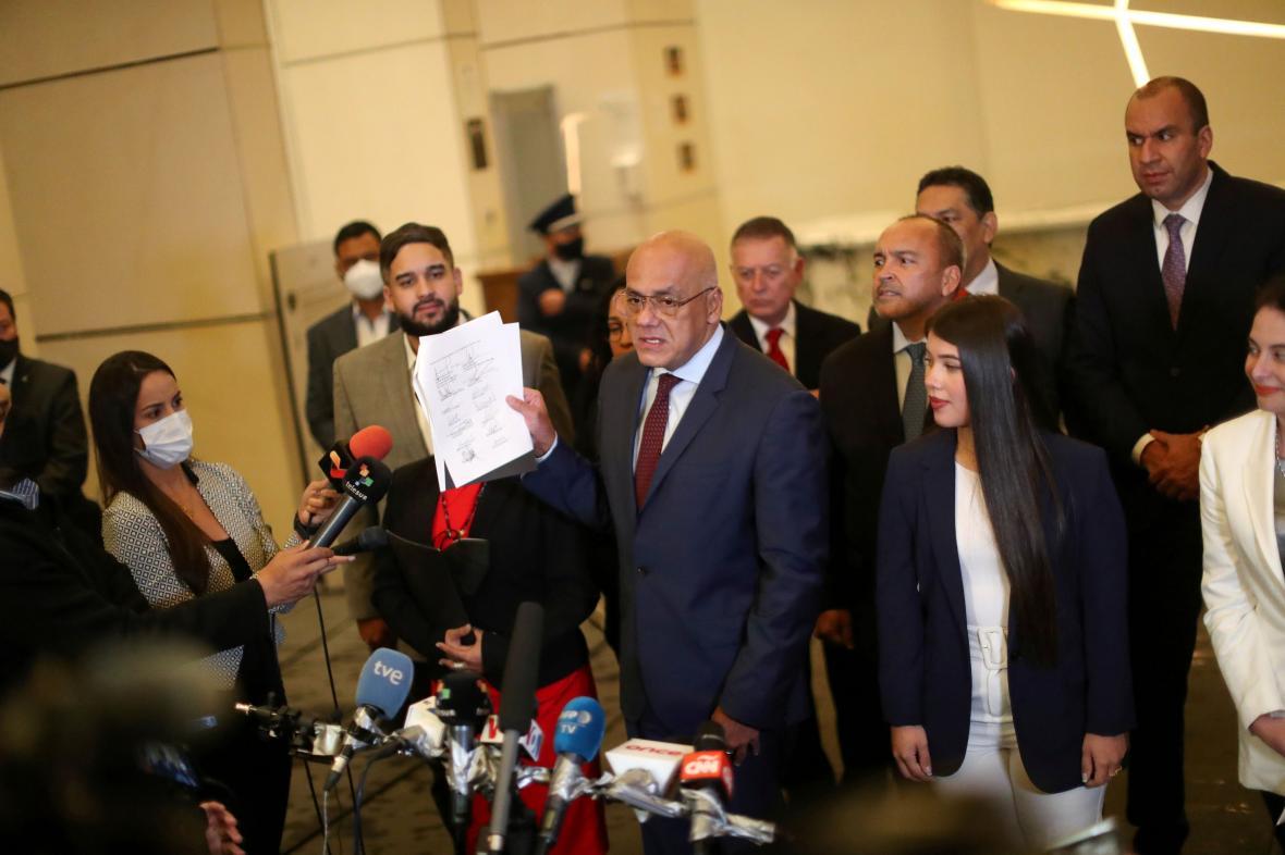 Šéf vládního vyjednávacího týmu Jorge Rodriguez