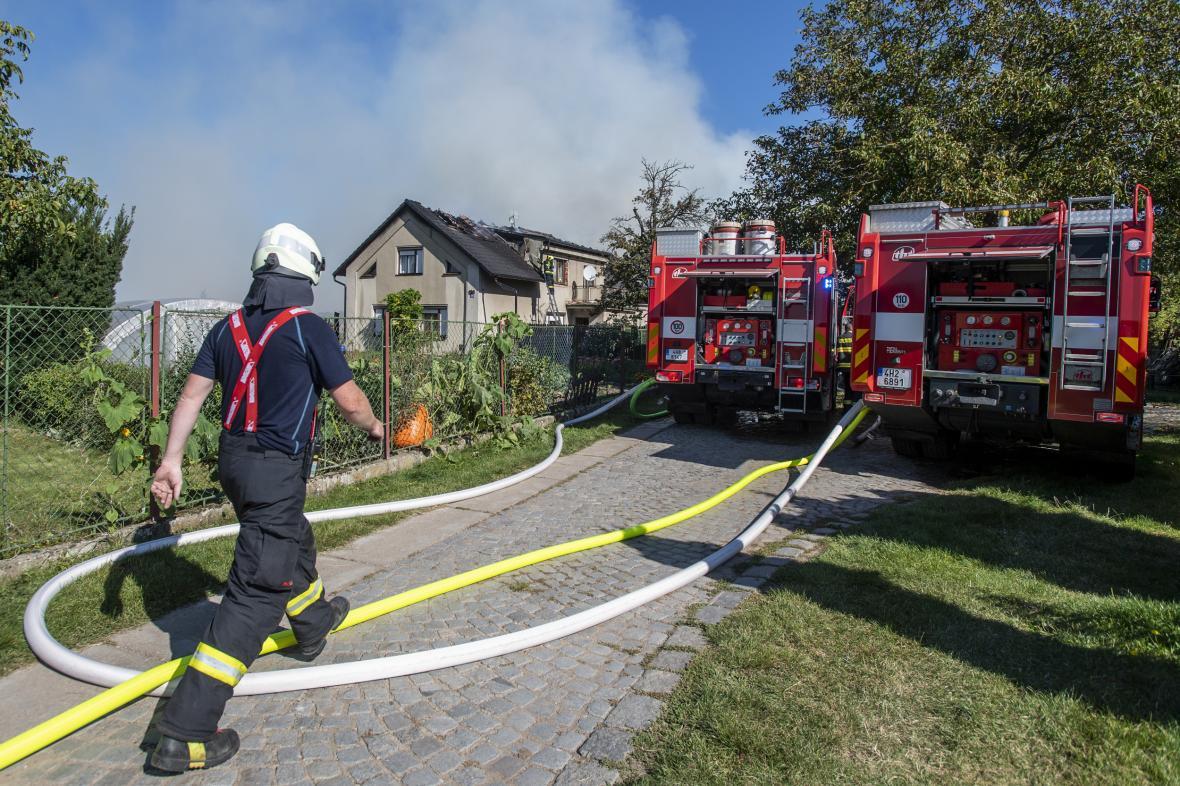 Zásah u požáru statku s obytnou částí v Hradci Králové