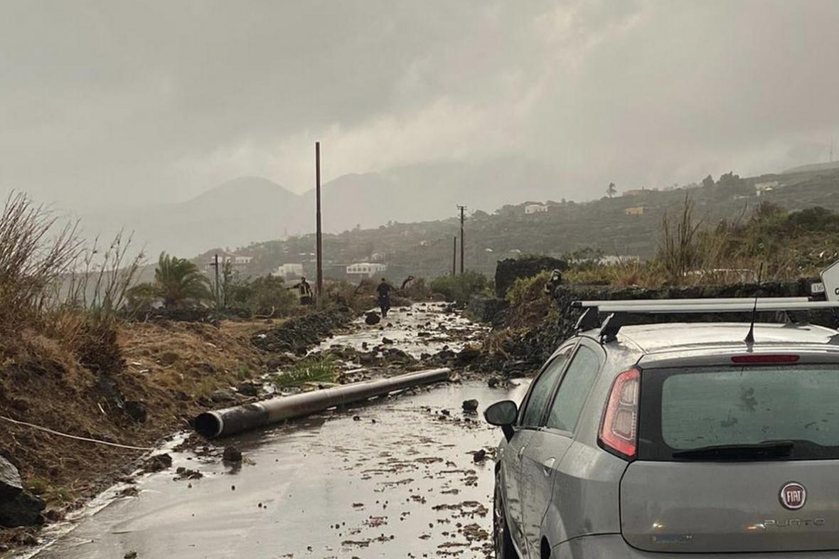 Následky tornáda na ostrově Pantelleria