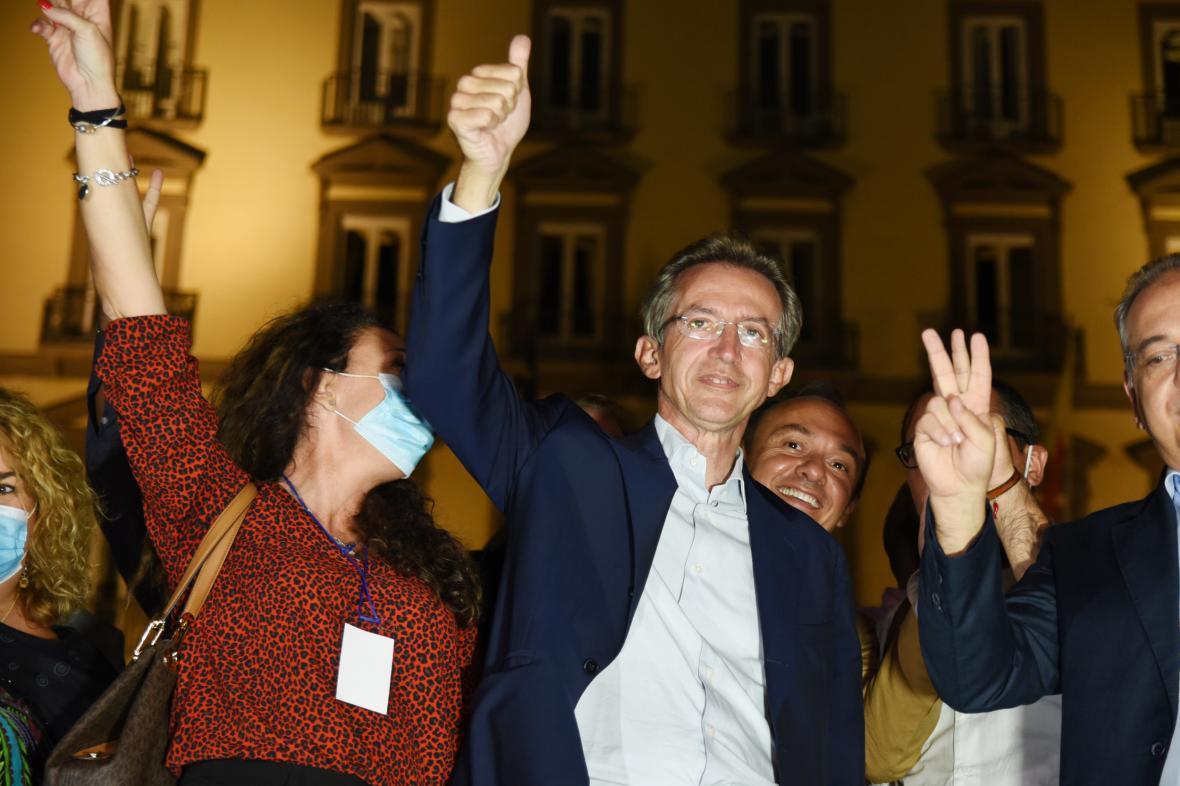 Starostou Neapole se stal Gaetano Manfredi