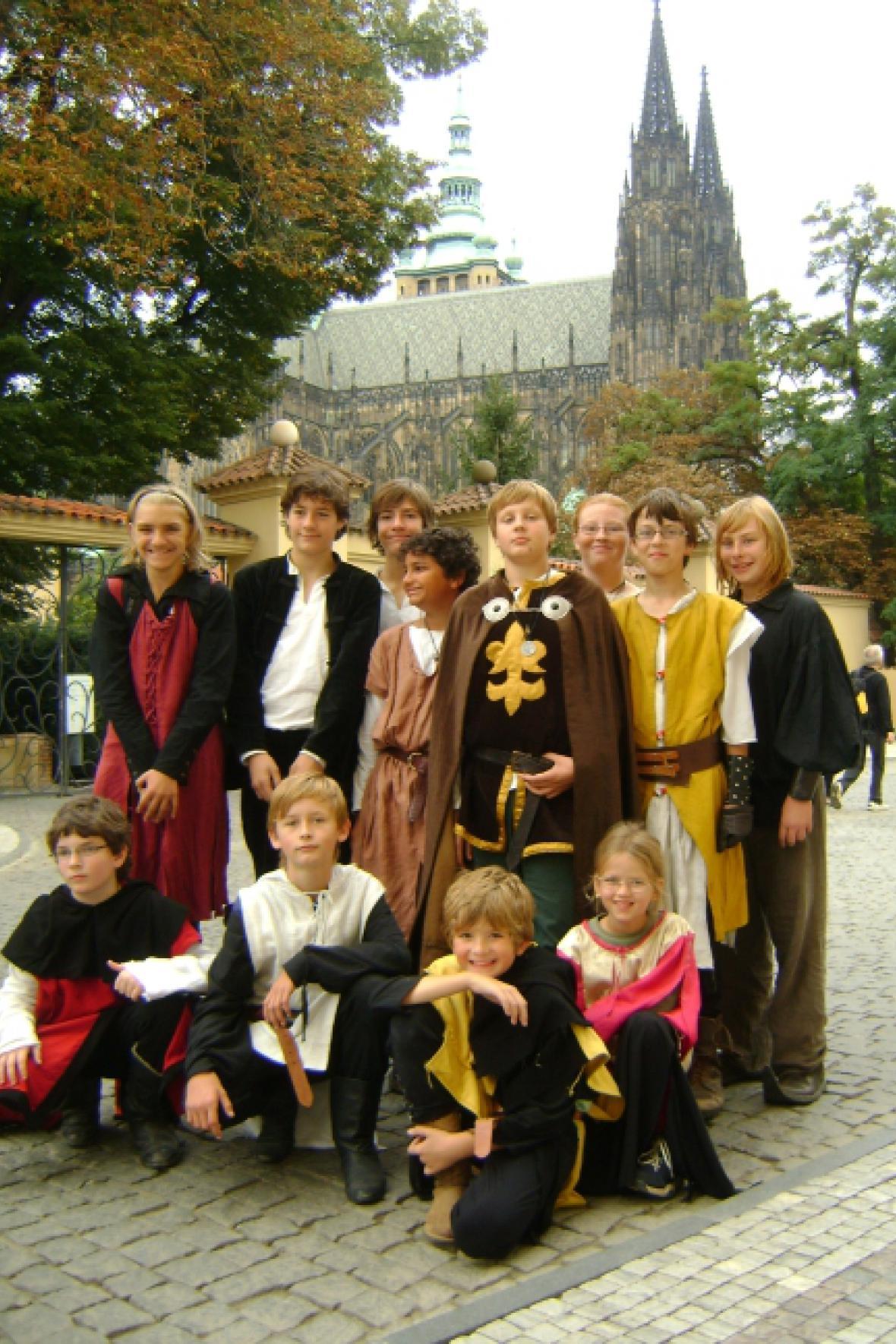Dětská skupina historického šermu