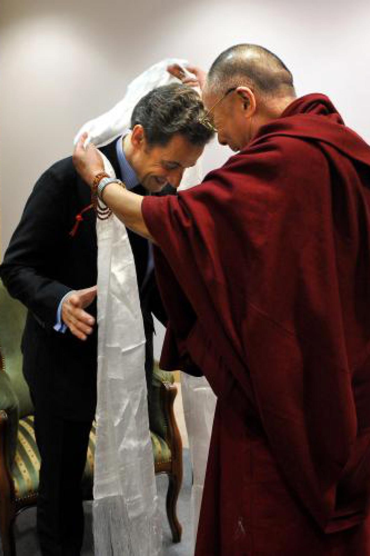 Nicolas Sarkozy s dalajlamou