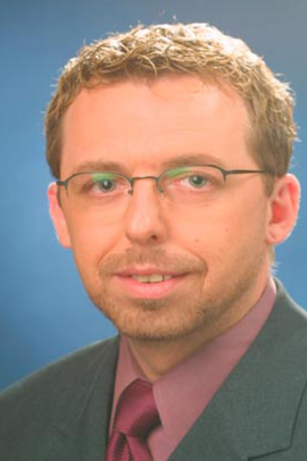 Adam Komers