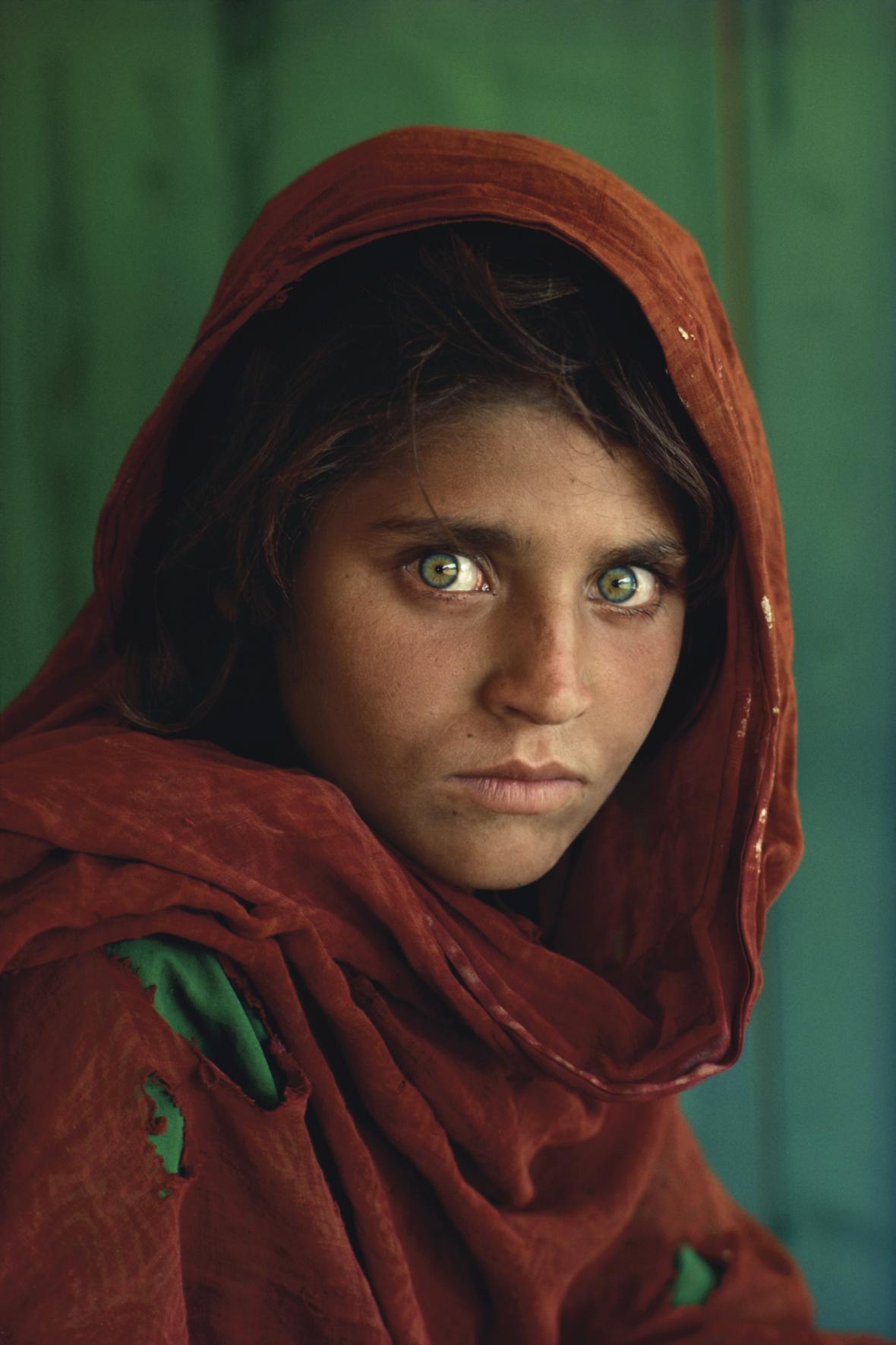 Šarbat Gula na světoznámém snímku National Geographic