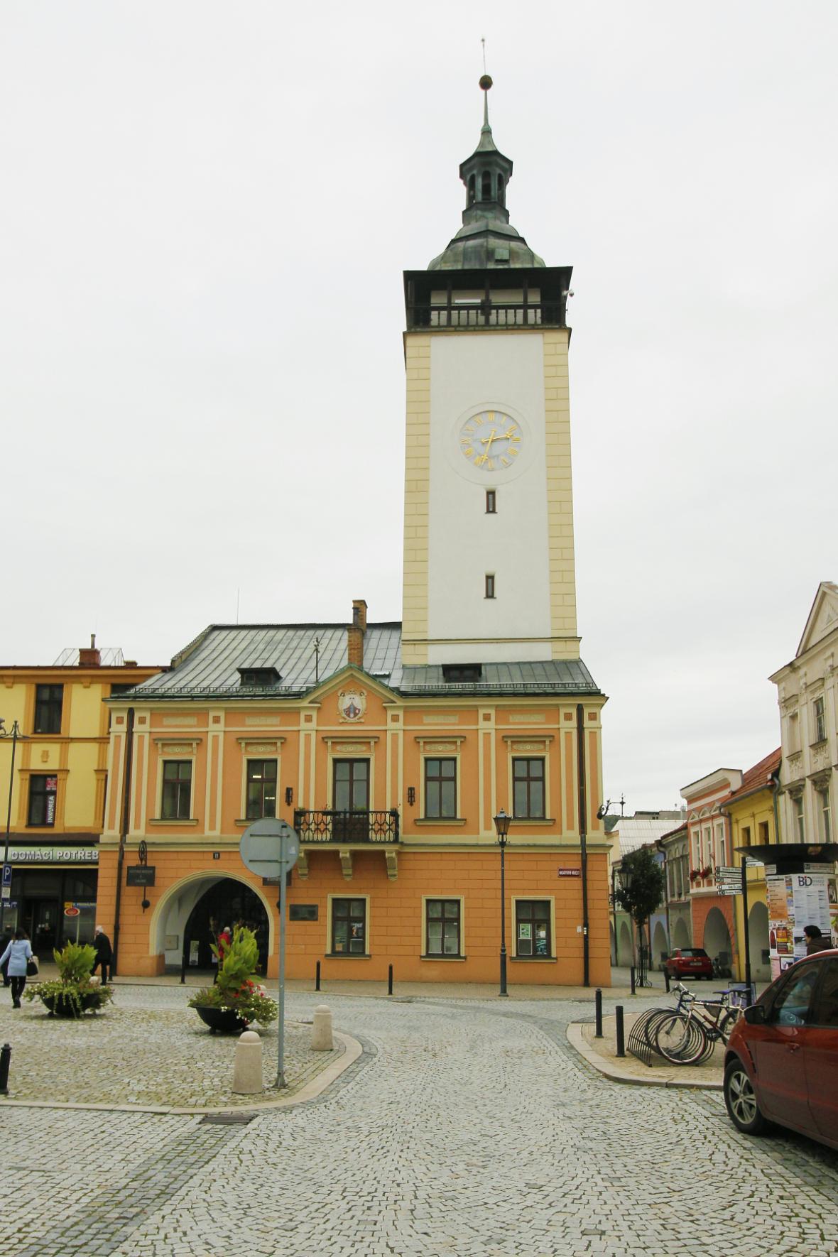 Hranická radnice je sídlem městské knihovny