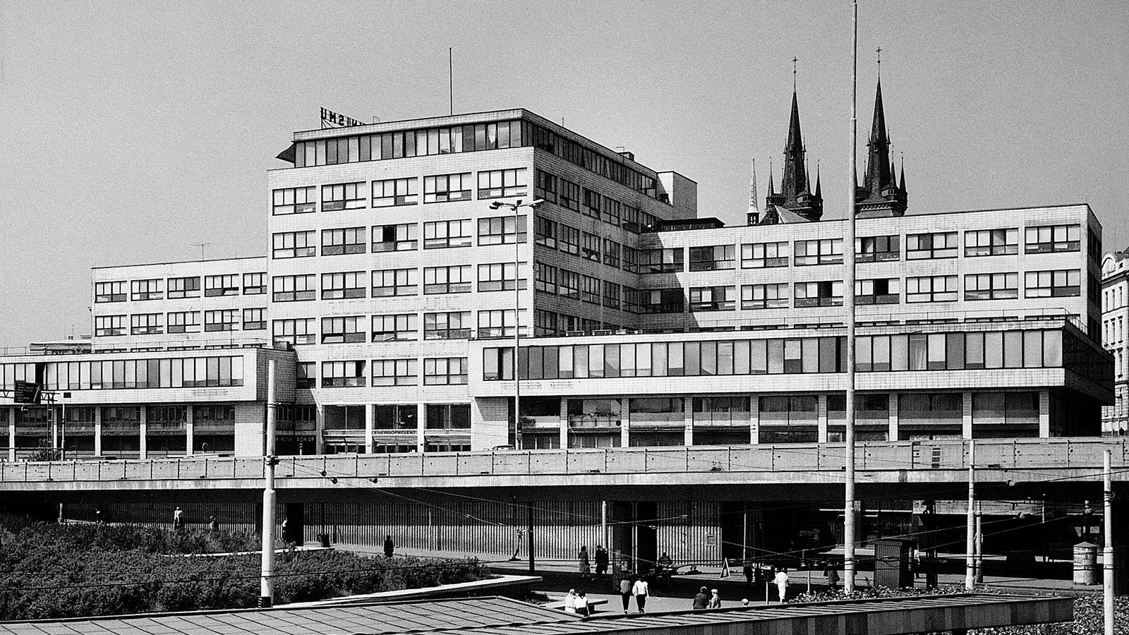 Budova Elektrických podniků v Praze-Holešovicích