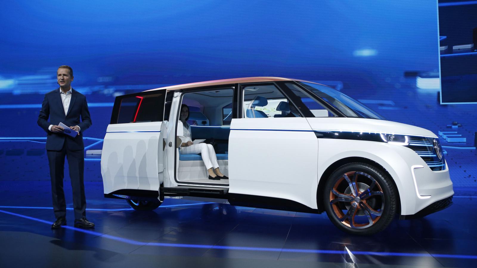 Volkswagen ukázal koncept elektrického mikrobusu BUDD-e.
