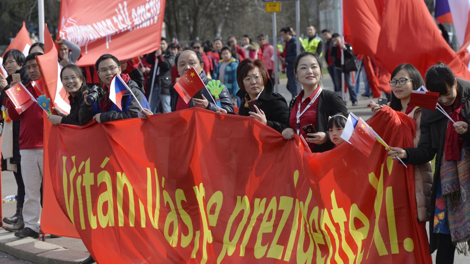 Číňané vítali v Praze Si Ťin-pchinga