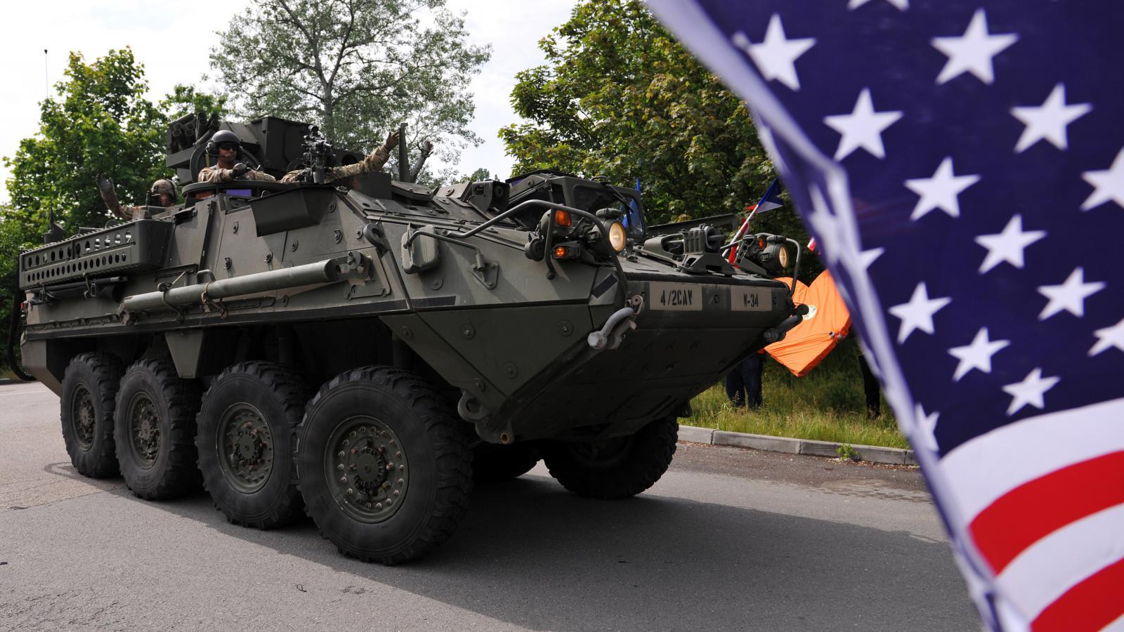 Americký konvoj přijel do ruzyňských kasáren