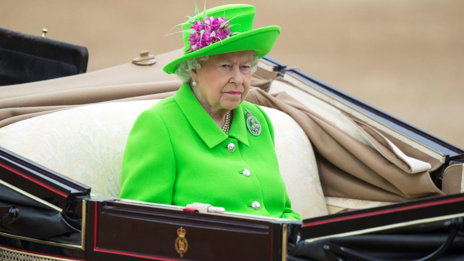 Oslavy 90. narozenin britské královny Alžběty II.