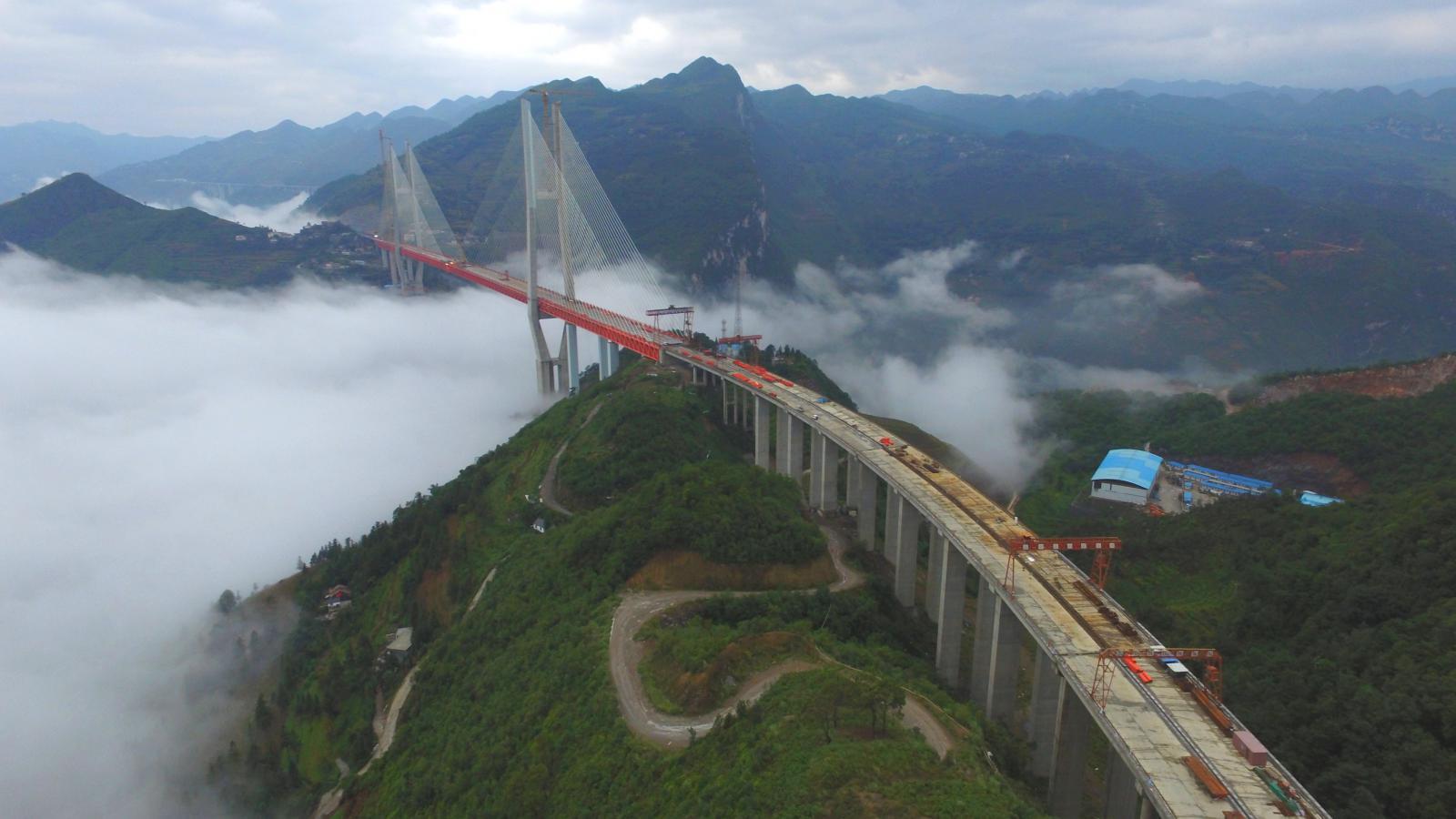 Nejvyšší most světa bude nově stát v Číně