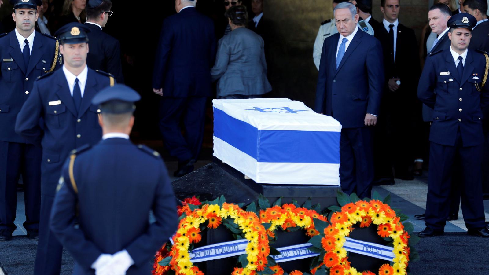 Perese přišel uctít premiér Benjamin Netanjahu