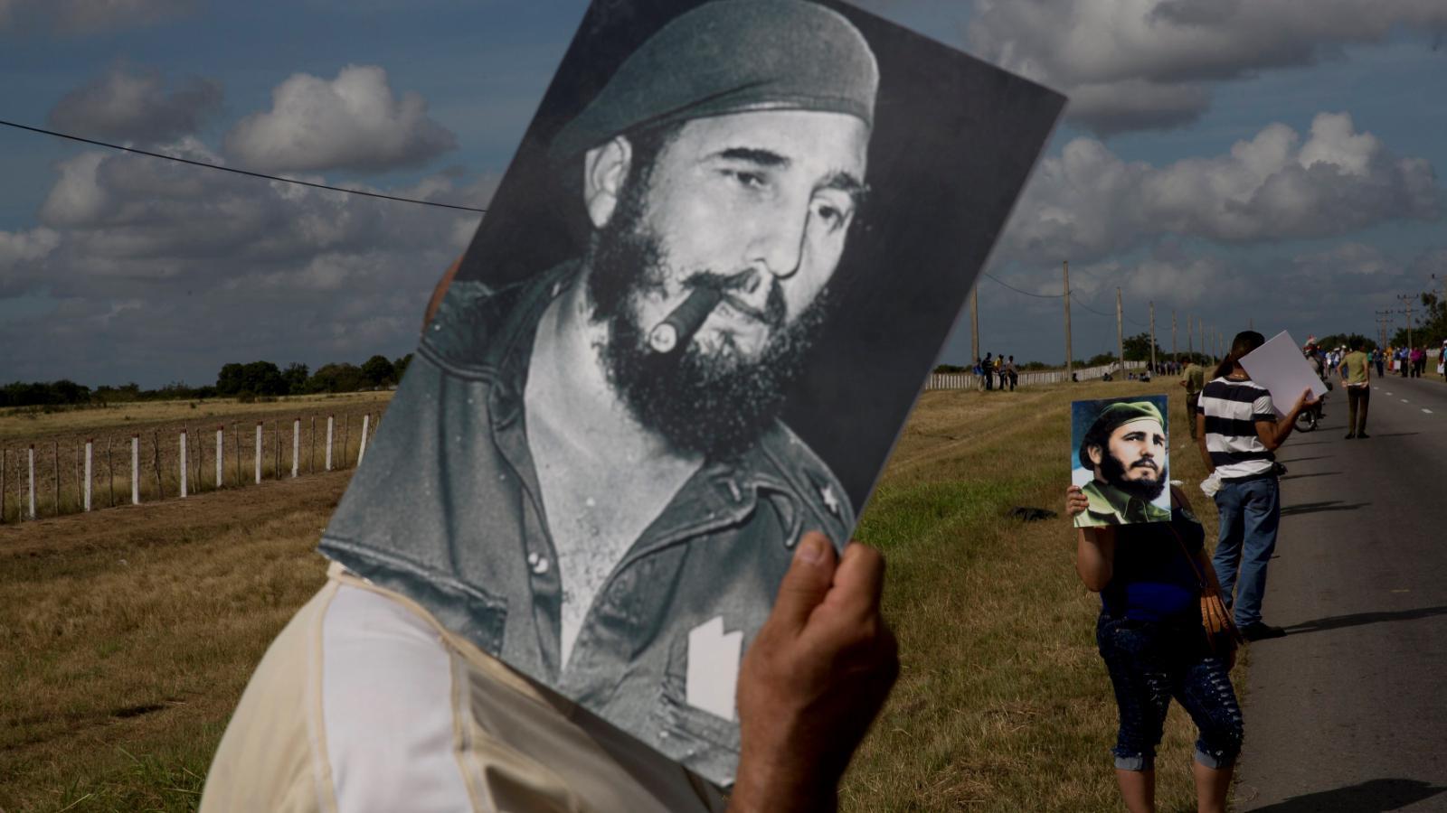 Kuba se loučí s Fidelem Castrem