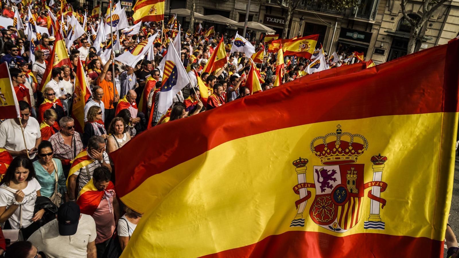 Španělé slaví den jednoty v Madridu