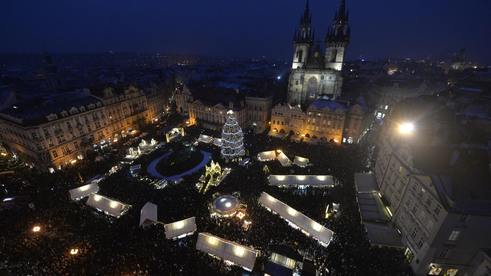Rozsvěcení vánočního stromu na Staroměstském náměstí