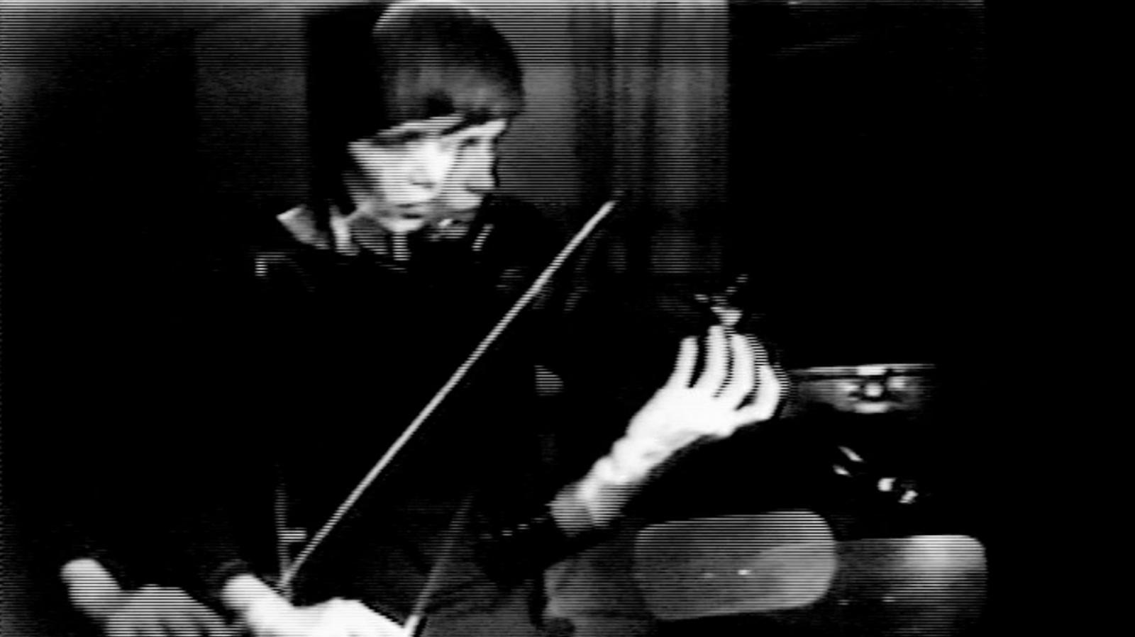 Steina Vasulka / Violin Power, 1969–1978, Galerie Berg Contemporary (Island) a autorka
