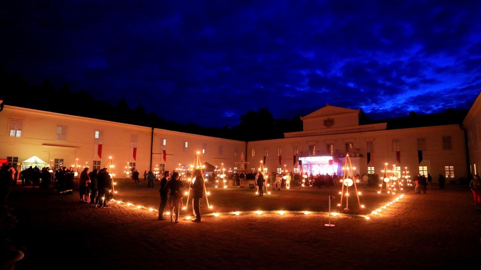 Hradozámecká noc na zámku Kynžvart
