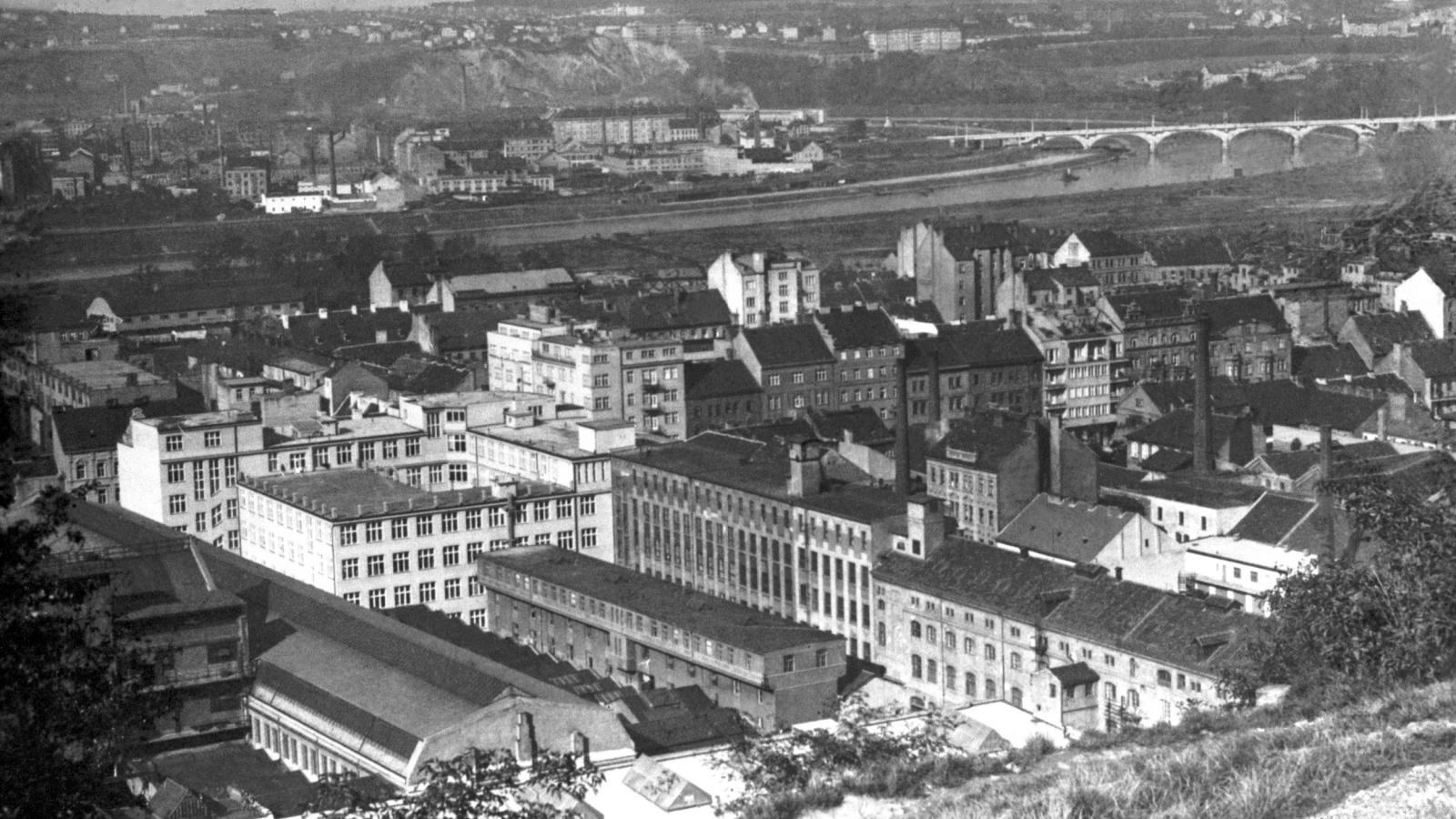 Nové budovy strojíren Českomoravská, Kolben-Daněk ČKD, na snímku z 1. ledna 1932
