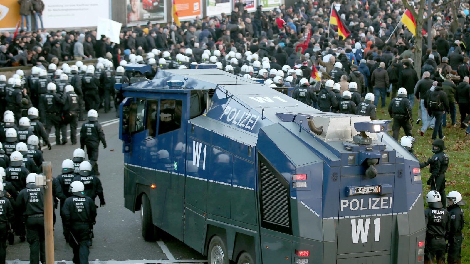 Policejní manévry v Kolíně nad Rýnem