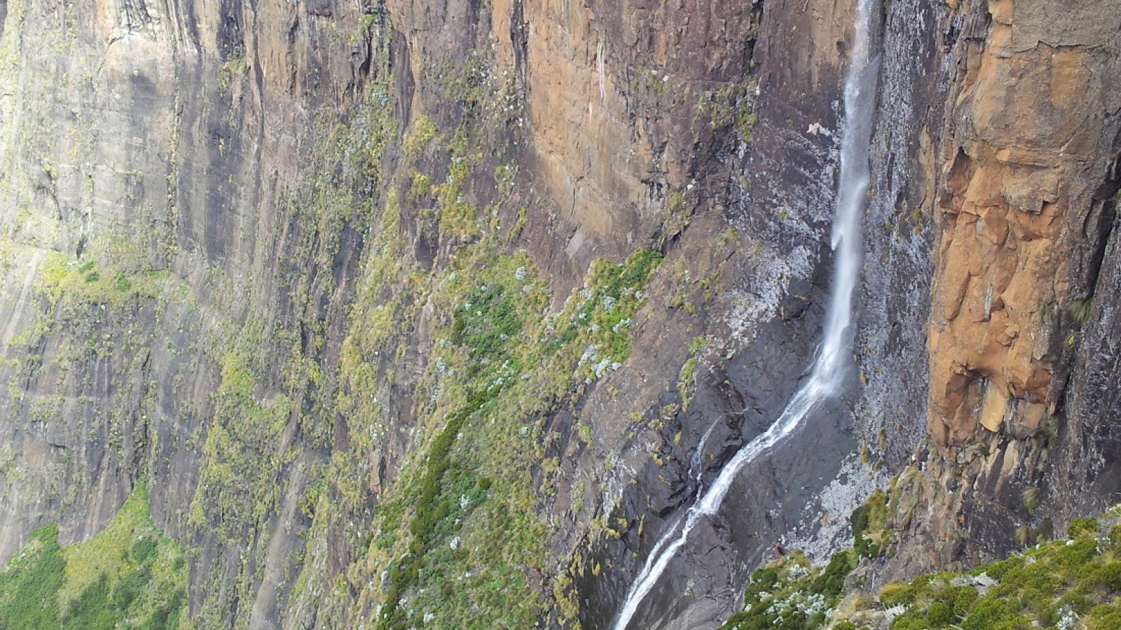 Tugala Falls
