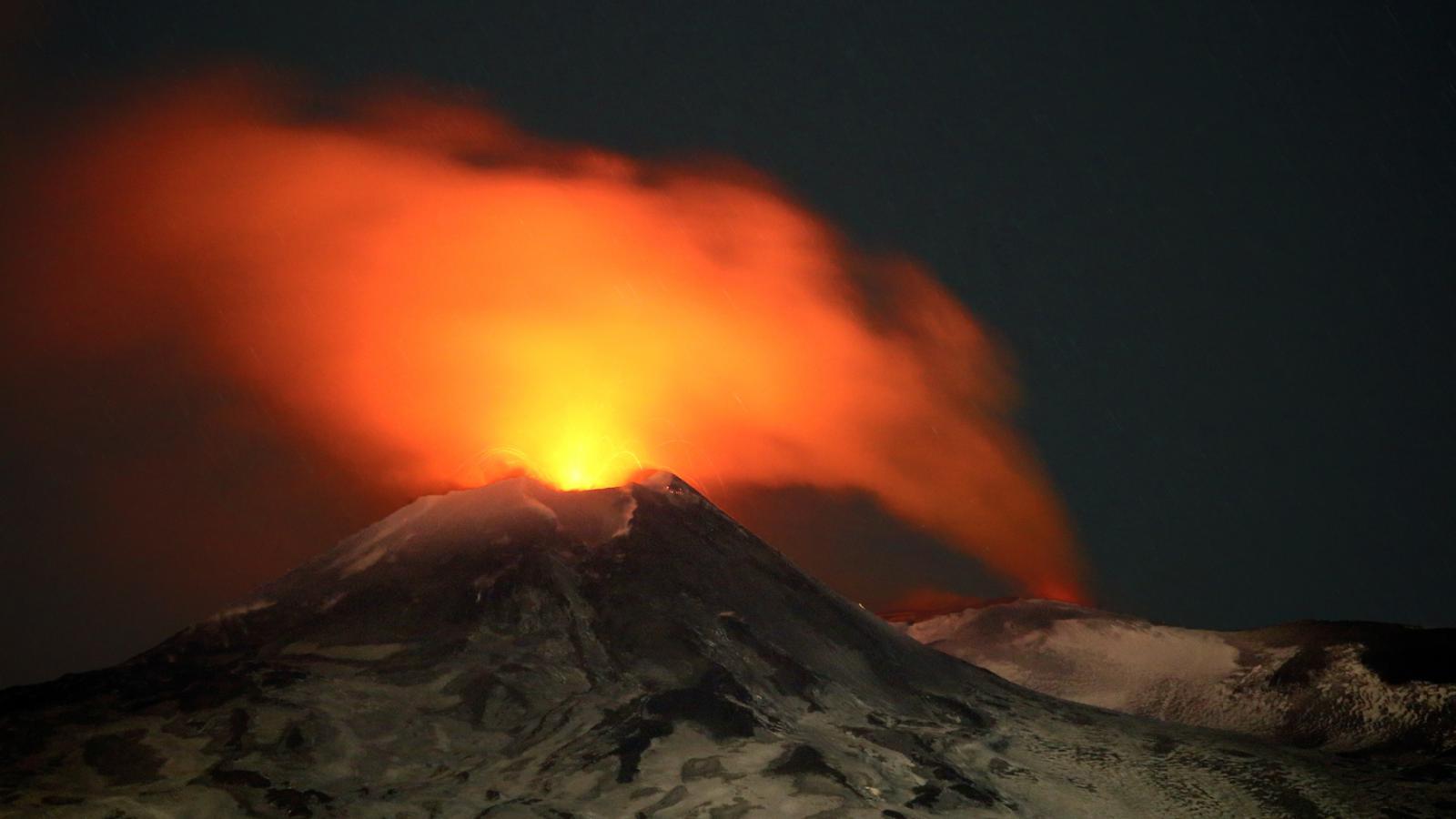 Etna se znovu probudila. Nabízí úchvatný pohled