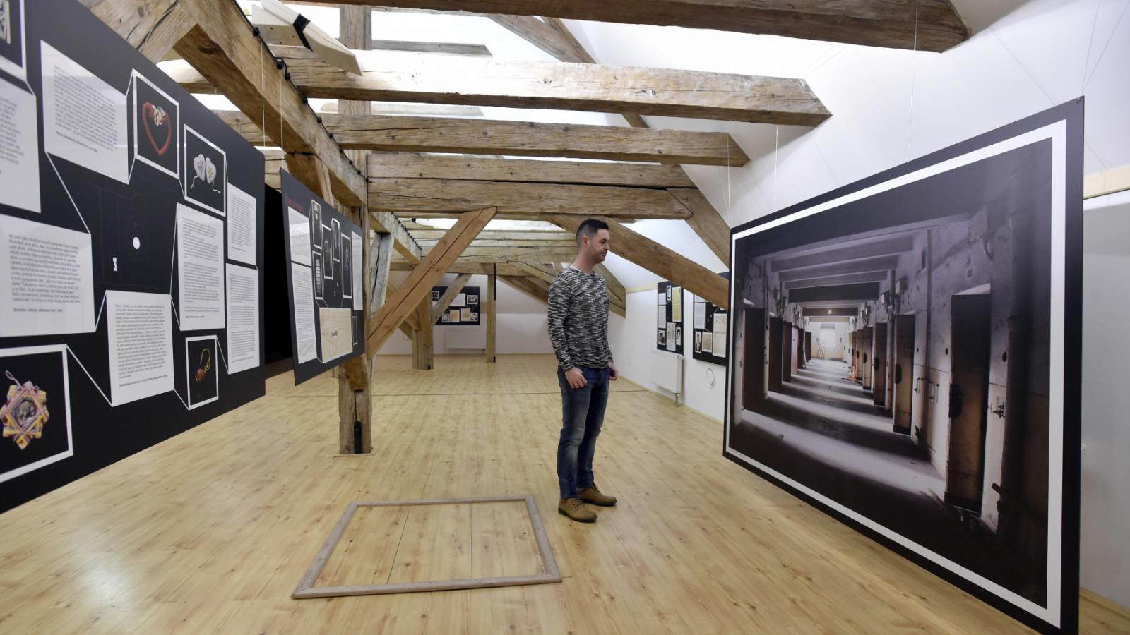 Výstava o věznici v Uherském Hradišti