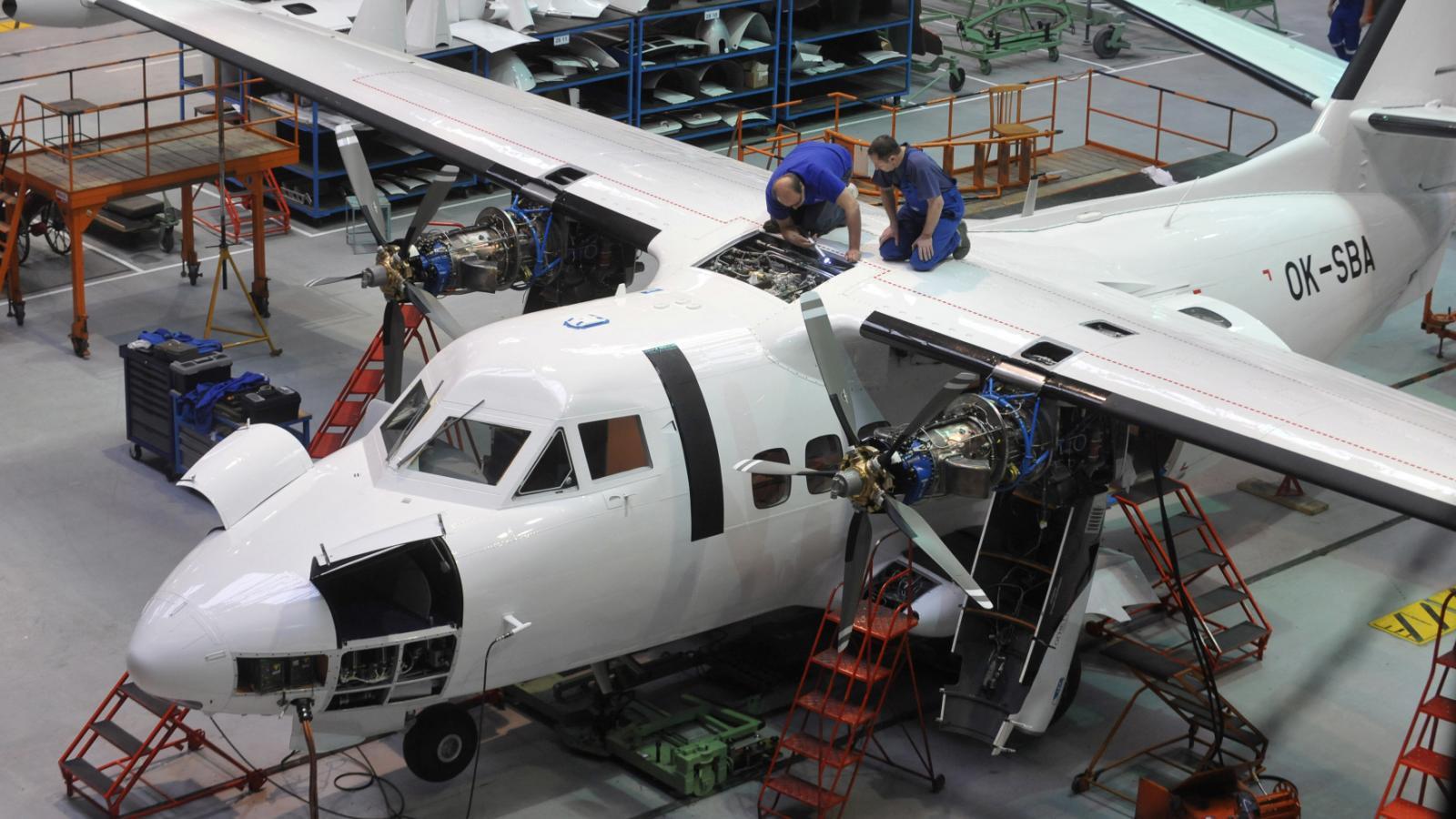 Výroba letounu L-410 v Kunovicích