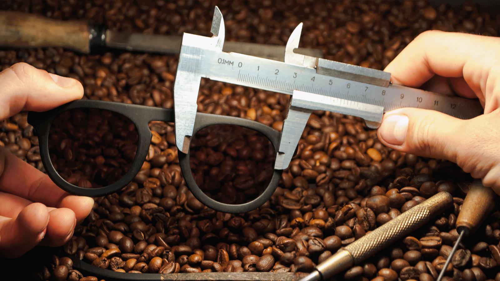 Brýle z kávy